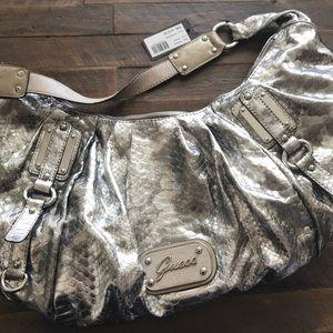 Guess purse NWT